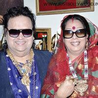 Bappi-Lahiri-with-family